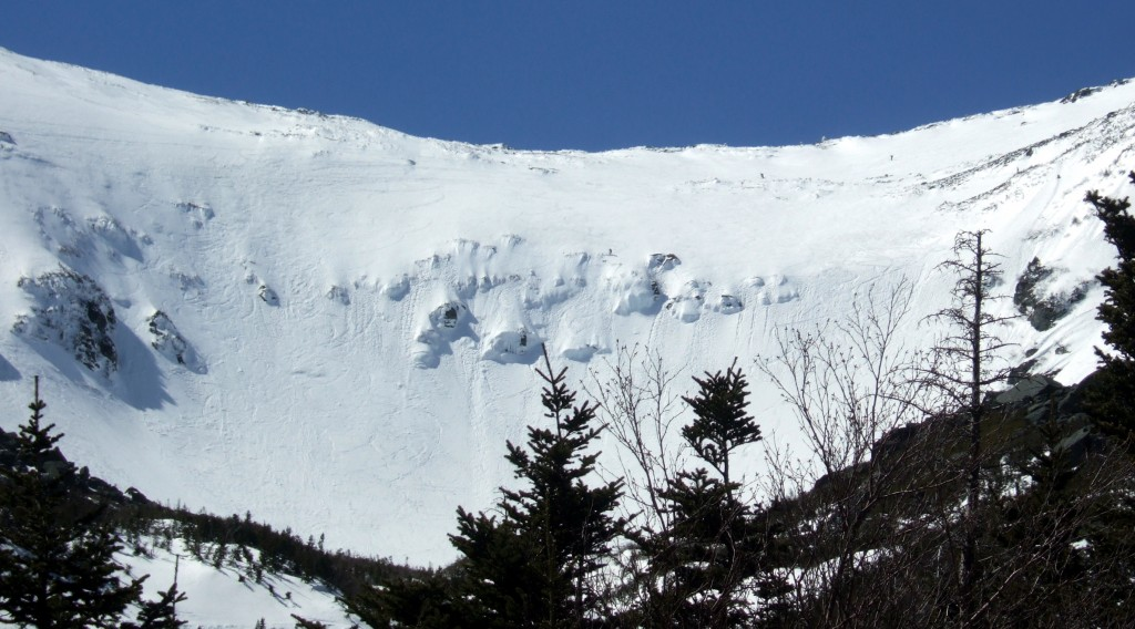 Skiers atop Tuckerman Ravine at Mount Washington.  Image taken by Steve Bennett