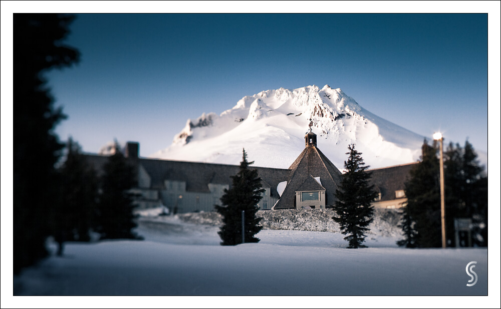 Guide to Mt Hood's Ski Resorts Timberline Lodge overlooking Mt Hood