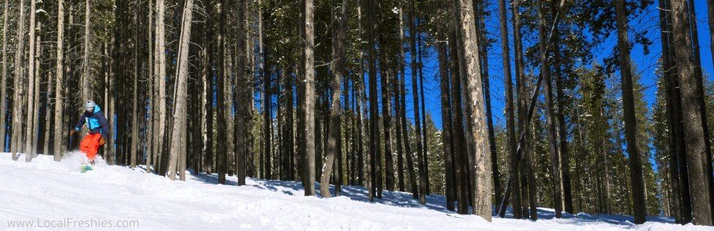 Sunny snowboarding Lookout Pass Idaho Montana