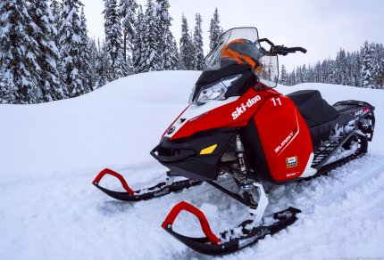 McCall Idaho Brundage Burgdorf Hot Springs Snowmobile Ski-doo Summit
