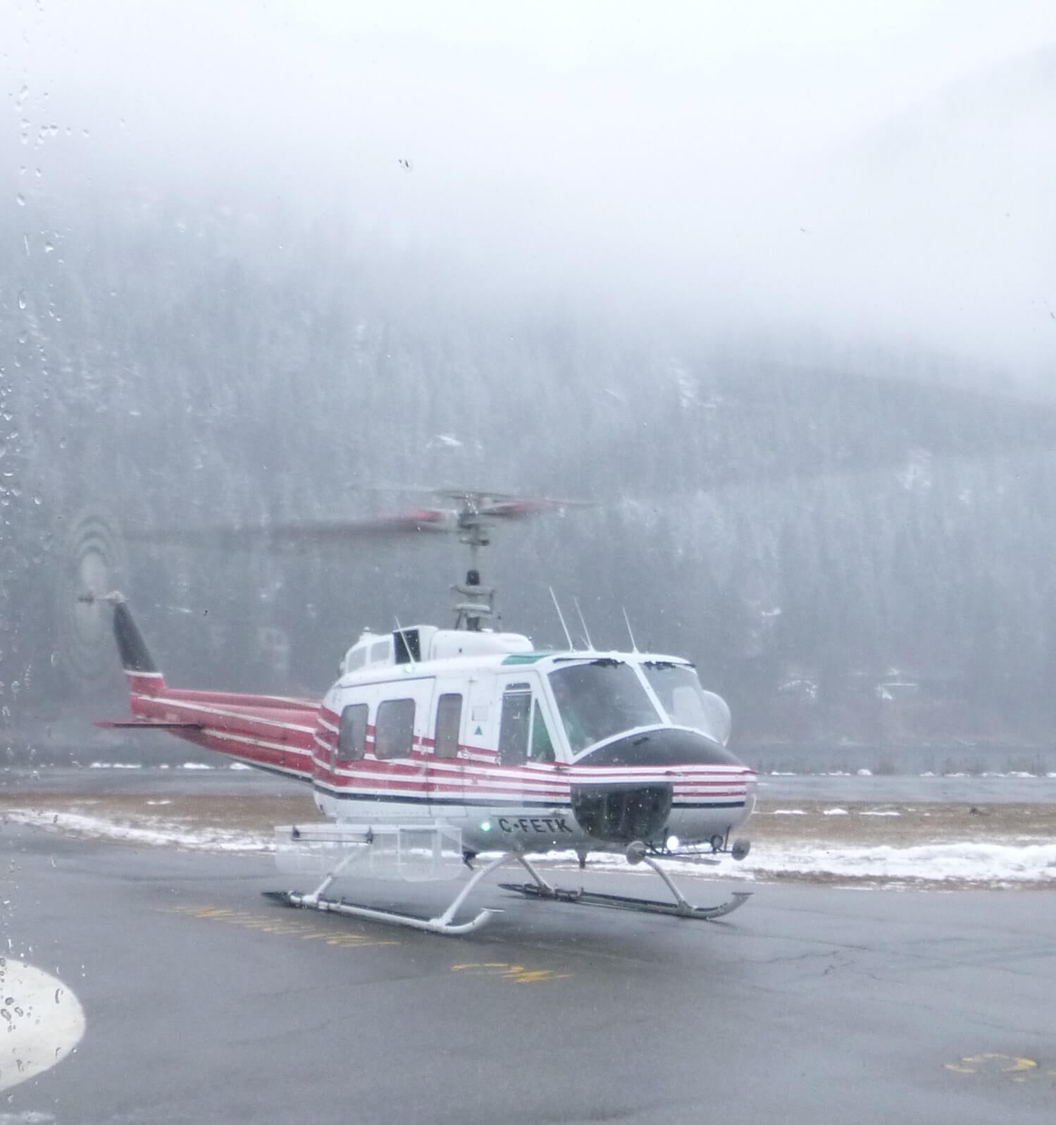 Helicopter going to Baldface Lodge
