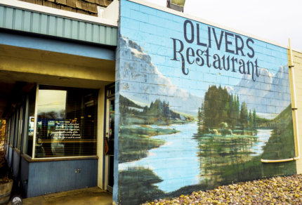 oliver's restaurant pocatello idaho mural