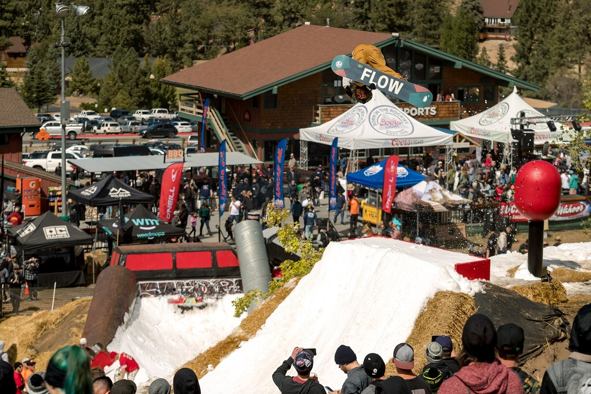 Big Bear Mountain Resort Hot Dowgs & Handrails California So Cal Music show ski & snowboard festivals 2017