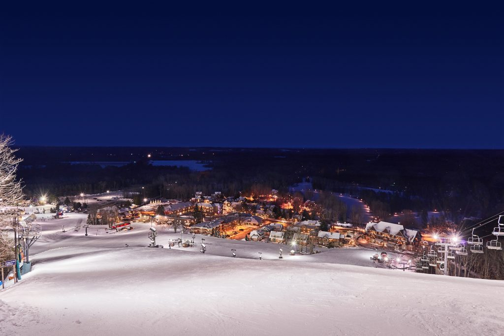 Crystal Mountain Midwest Ski Resort Guide
