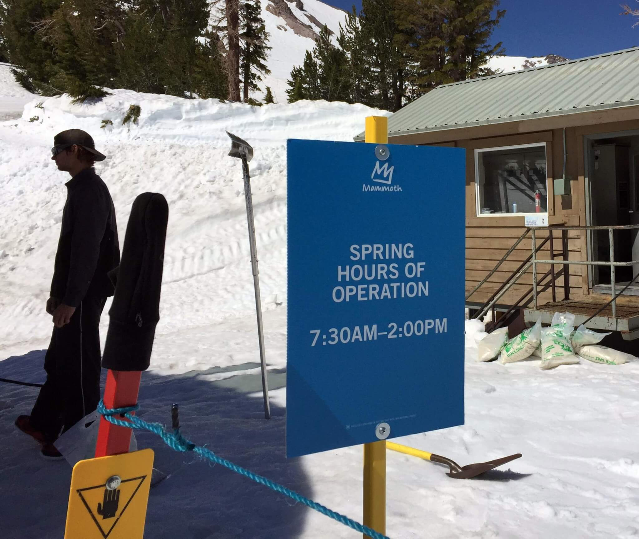 Spring hours of operation sign at Mammoth Mountain