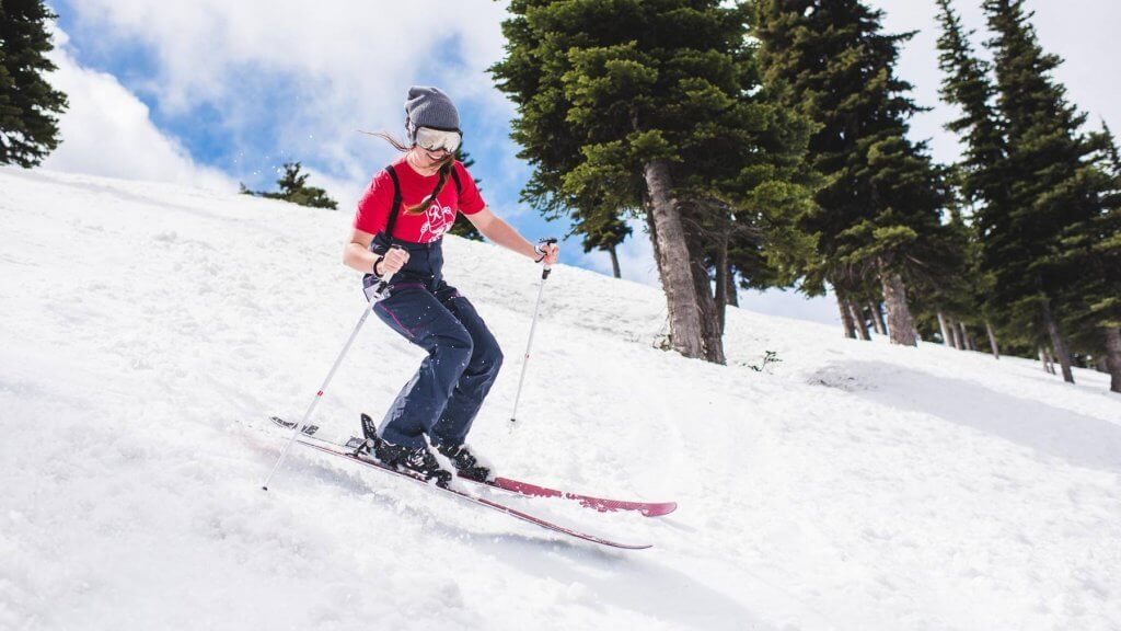 Crystal Mountain ski resort reopening for June Skiing