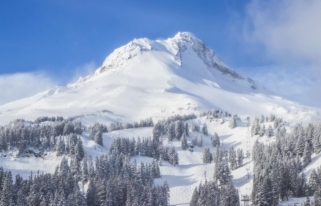 Mt Hood Meadows ski with Mt Hood behind it