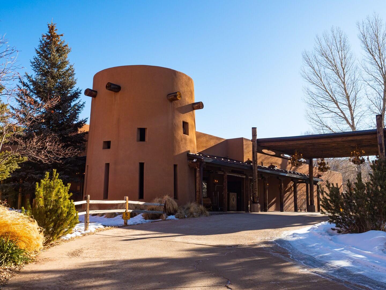 El Monte Sagrado where to stay in Taos New Mexico