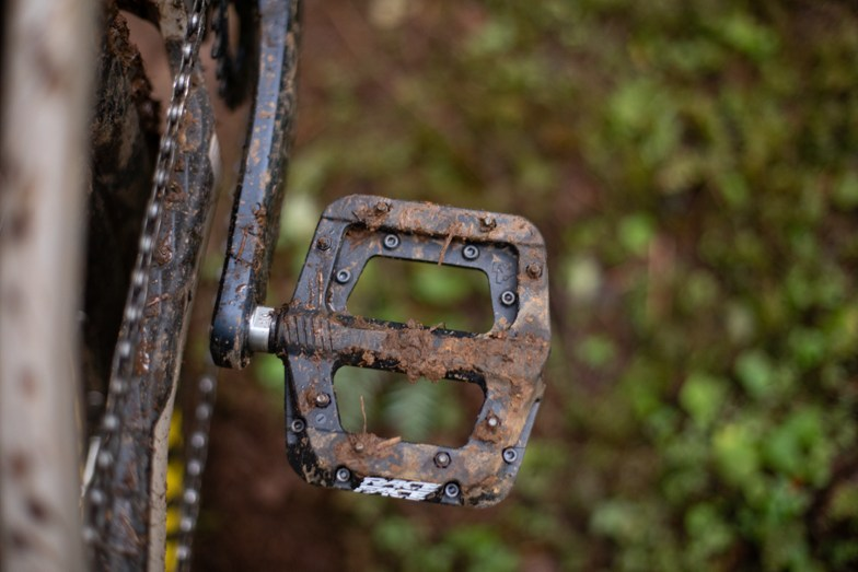 Race Face Chester covered in mud best mtb flat pedals for the price